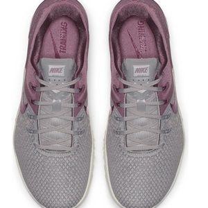 Nike Shoes - Nike Metcon 4
